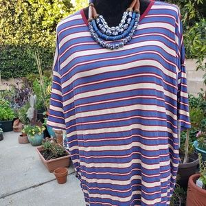 Lularoe Irma striped NWT'S, L